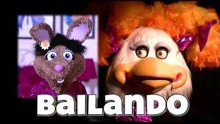 """""""Bailando"""" - Chuck E. Cheese's"""