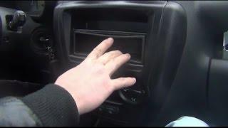 Установка магнитолы на штатное место в ВАЗ - Lada Granta(На видео показа инструкция по установка магнитолы на штатное место в ладе гранте., 2015-10-25T19:19:03.000Z)