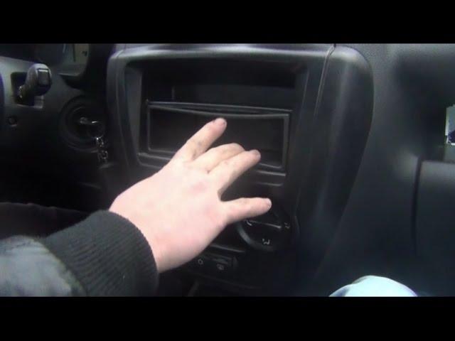 Установка магнитолы на штатное место в ВАЗ - Lada Granta