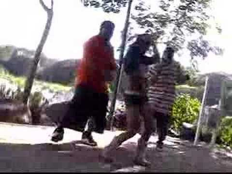 Golpean e intentan linchar a presunto secuestrador en Ecatepec.Santa María Chiconautla de YouTube · Duración:  2 minutos 41 segundos