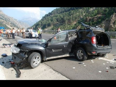 vid o d 39 images de dacia duster accident s part 3 youtube. Black Bedroom Furniture Sets. Home Design Ideas