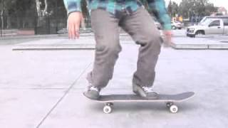 Skateboarding Tricks: Using the Shove-It With Other Skateboarding Moves