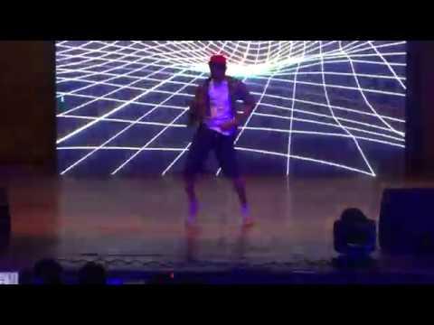 Ekti Ekti Ghabarlis Na Dance