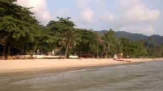 เล่นทะเลที่ชายหาดของสยามบีชรีสอร์ทเกาะช้าง  [08-03-2557]