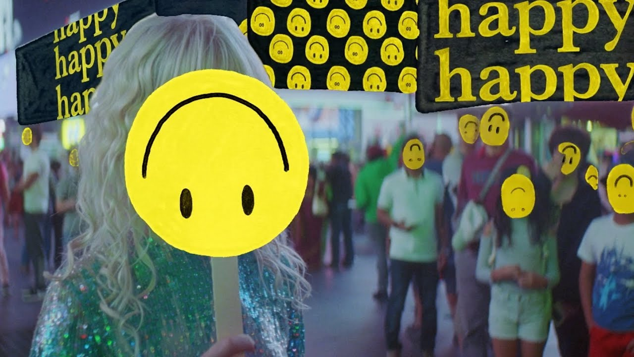 Paramore: Fake Happy [OFFICIAL VIDEO]
