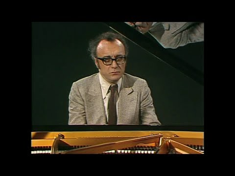 "Alfred Brendel plays Schubert 1 - ""Wanderer"" Fantasy, Piano Sonatas D784 & D840"