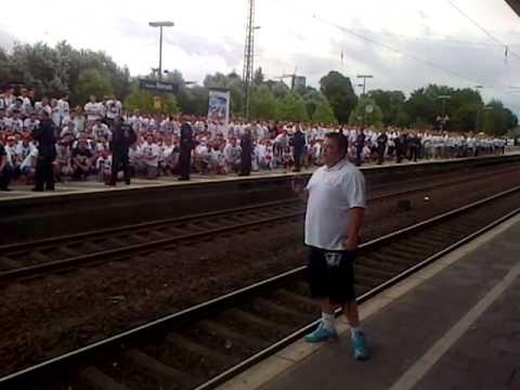 HUMBA am Bahnhof Benrath (1. FC Köln vs. Fortuna Düsseldorf 28.07.2013 1:1)
