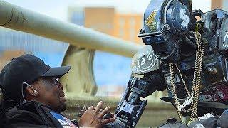 Ограбление машины инскассатора / Робот по имени Чаппи (2015)