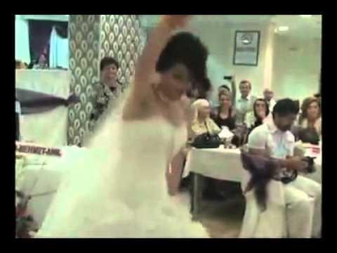 Cortege mariage Algerien en France 2014de YouTube · Durée:  3 minutes 39 secondes