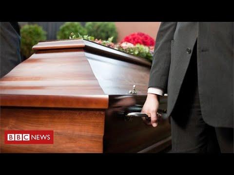 Coronavirus funerals: the cruel impact on families of the dead - BBC News