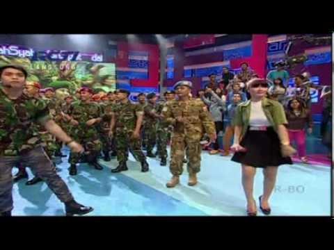 ZASKIA GOTIX Live At Dahsyat (10-10-2013) Courtesy RCTI