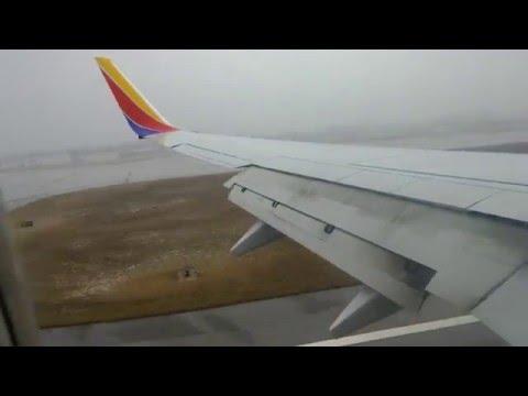 Landing at Port Columbus International Airport in 4K UHD