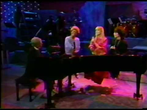 OLIVIA NEWTON JOHN - THAT´S WHAT FRIENDS ARE FOR live Dionne Burt Bacharach Carole Bayer Sager