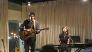 Download Ari Hest w/ Amy Kuney @ Avenue L -