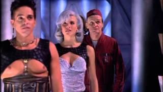Lexx 1x01 Alabada sea su sombra Español Episodio completo
