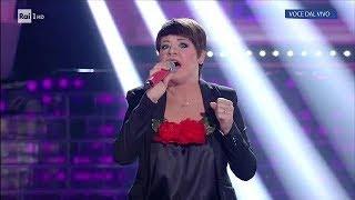 Roberta Bonanno è Alessandra Amoroso: