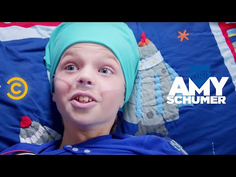 Inside Amy Schumer - Make-A-Wish