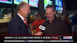 Craig Biggio hosts Astros celebration at bar downtown