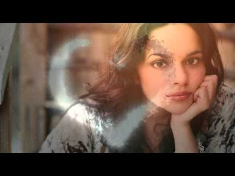 Norah Jones  Turn Me On  Love Actually Soundtrack
