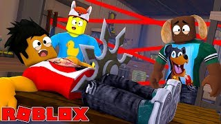 ROBLOX DEATH RUN - DONUT GETS CHOPPED IN HALF ON THE DEATH RUN!!
