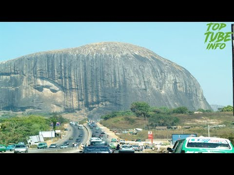 Top 10 Largest And Biggest Rocks In The World 2017