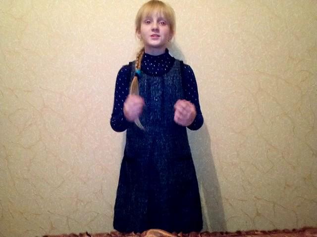 Изображение предпросмотра прочтения – НадеждаБрянцева читает произведение «Ворона и Лисица» И.А.Крылова