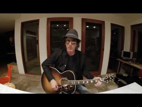 Izzy Stradlin    Stuck In The Middle With You