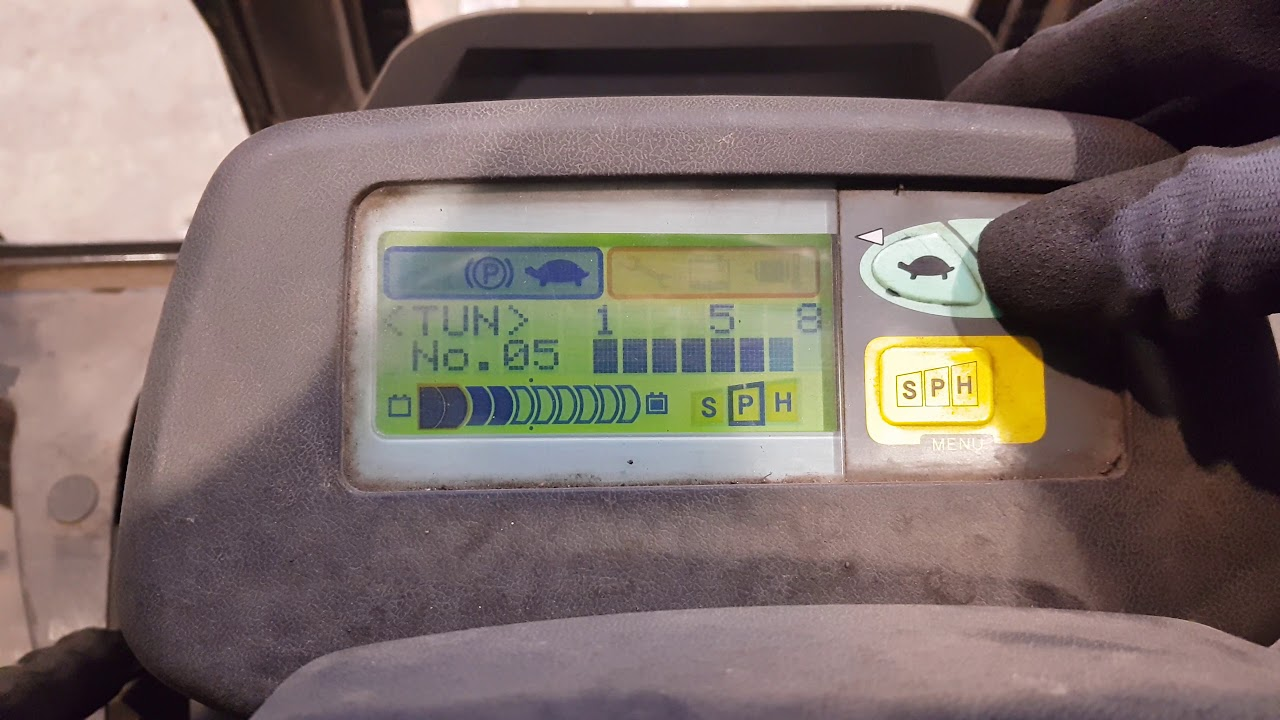 How To - Adjust Driving Speed and SPH settings - Toyota 7-FBMF Forklift