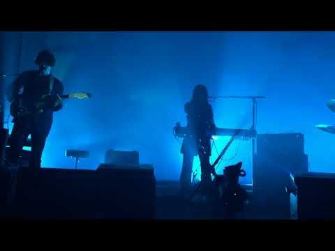 Beach House - Space Song (LIVE)