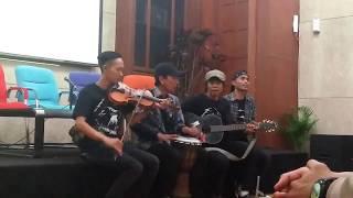 Komunitas Suara Elang lagu sendiri lagu  mantap Mp3