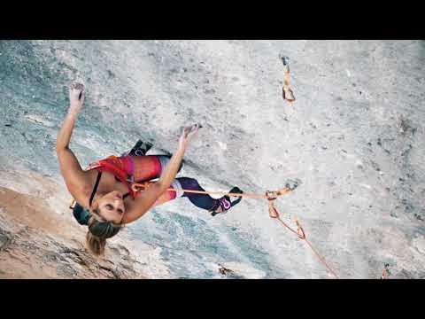 Sasha DiGiulian Climbs 5.14b (8c) Full Equip, T1, Oliana