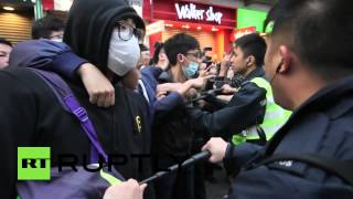 RAW: Protest against Chinese shoppers sees clashes, teargas in Hong Kong