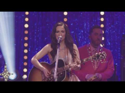 Kacey Musgraves - Family is Family (Live at Royal Albert Hall)