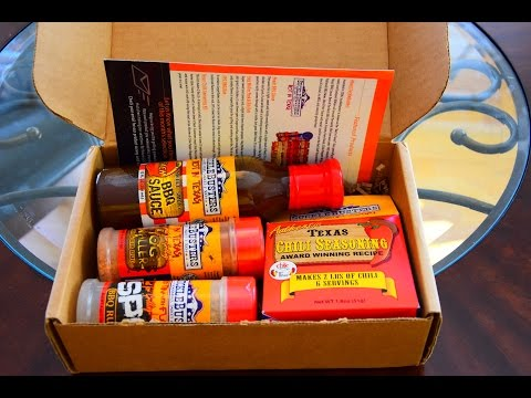 Grill masters Club Unboxing - SuckleBusters Rubs, BBQ Sauce and Chili Kit
