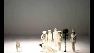 Repeat youtube video Romeo Castellucci. L.#09 London (4/4 pt).mp4