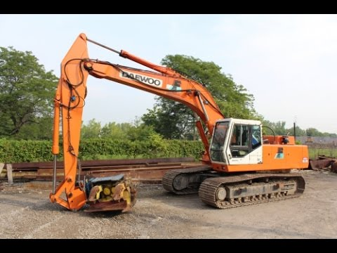 For Sale: Movax SP100 Robotic Vibratory Sheet & Pile Driver