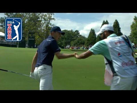 Jordan Spieth's 93-yard approach hops into the cup at the TOUR Championship
