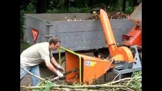 Repeat youtube video Drobilec lesa, Sekalec vej 2/2  Stepkovac-drtic, Rębak do gałęzi, Schneckenhacker