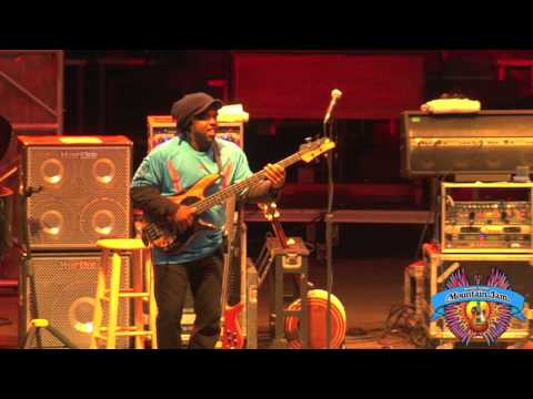 "Béla Fleck & The Original Flecktones - ""Sinister Minister"" - Mountain Jam VII - 6/3/11"