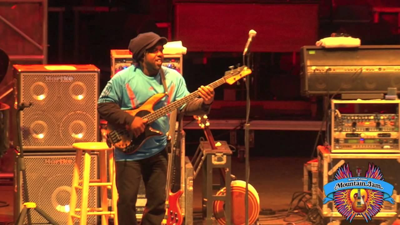 "Béla Fleck & The Original Flecktones | ""Sinister Minister"" | Mountain Jam VII - 6/3/11"