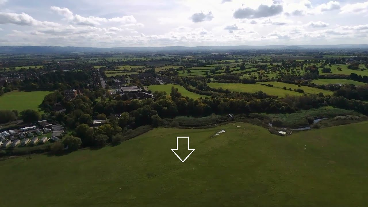 Tewkesbury Water Crisis!! Quadcopter flight from september showing location of problem