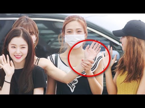 Red Velvet WENDY not in the mood, JOY makes her wave to the Press (Airport Moments) 레드벨벳 ICN 출국