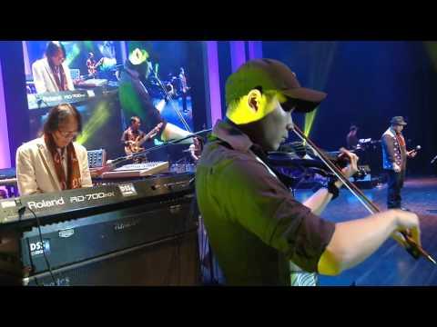 KALA SANG SURYA TENGGELAM (FADLY PADI)--  LCLR PLUS - YOCKIE SP CONCERT by XI CREATIVE (HD)