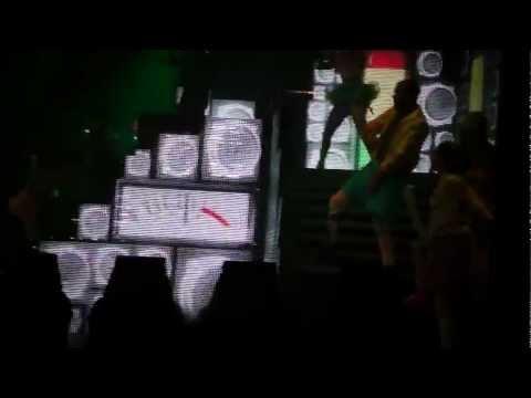 Nicki Minaj (Ludacris) - My Chick Bad (Live at Falconer Salen, Copenhagen, Denmark)