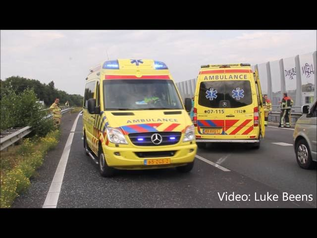 Chaos na ongeval met 4 personenautos A30   Barneveld 02 09 2016
