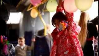 Где провести день рождения ребенка?(Подробнее на сайте - http://dr.kh.ua/mesta/mesta-aktivnogo-i-ekstremalnogo-otdyxa/den-rozhdeniya-v-trollejbuse Где провести День рождения ребенка?..., 2012-11-06T02:37:16.000Z)
