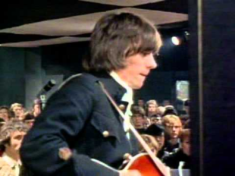Jeff Beck and Jimmy Page(The Yardbirds) 1967.mpg
