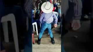 Tootsie Roll Dance