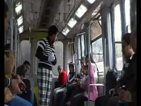 Art of Transit - A mime in the Cairo metro (Part SIX) (Mahatat for contemporary art)