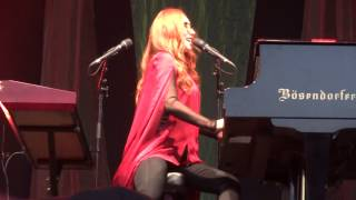 Tori Amos - Amber Waves - Luhmühlen - 2015 FULL HD